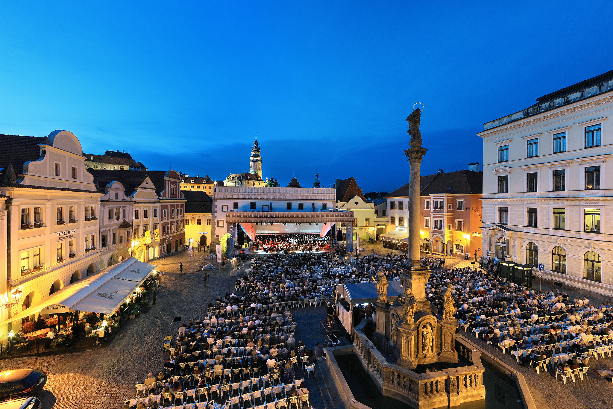Původní termín Mezinárodního hudebního festivalu Český Krumlov se ruší. Festival však v rámci 30. ročníku přijde s novým programem a konceptem